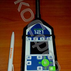 Размещение шумомера ОКТАВА-121 на штативе