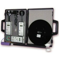 Комплект приборов Циклон-05 для измерения напряженности электромагнитного поля в диапазонах 5 Гц ... 2 кГц и 2 кГц ... 400 кГц