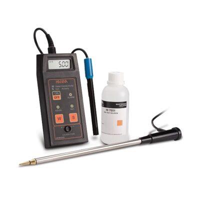 HI993310 - Портативный кондуктометр с набором для измерения активности почвы